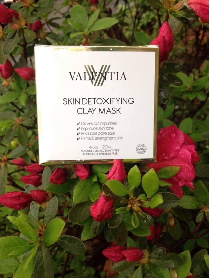 Review: Valentia Skin Detoxifying ClayMask